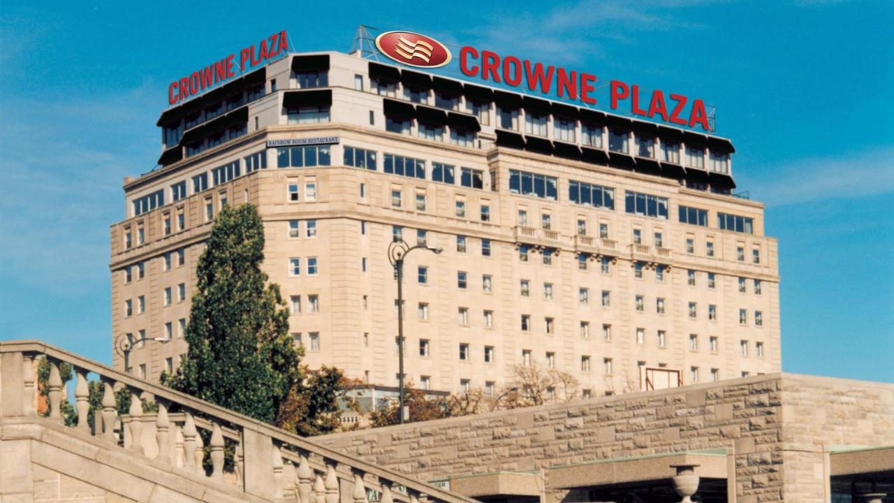 Курортный отель  Crowne Plaza Hotel-Niagara Falls/Falls View