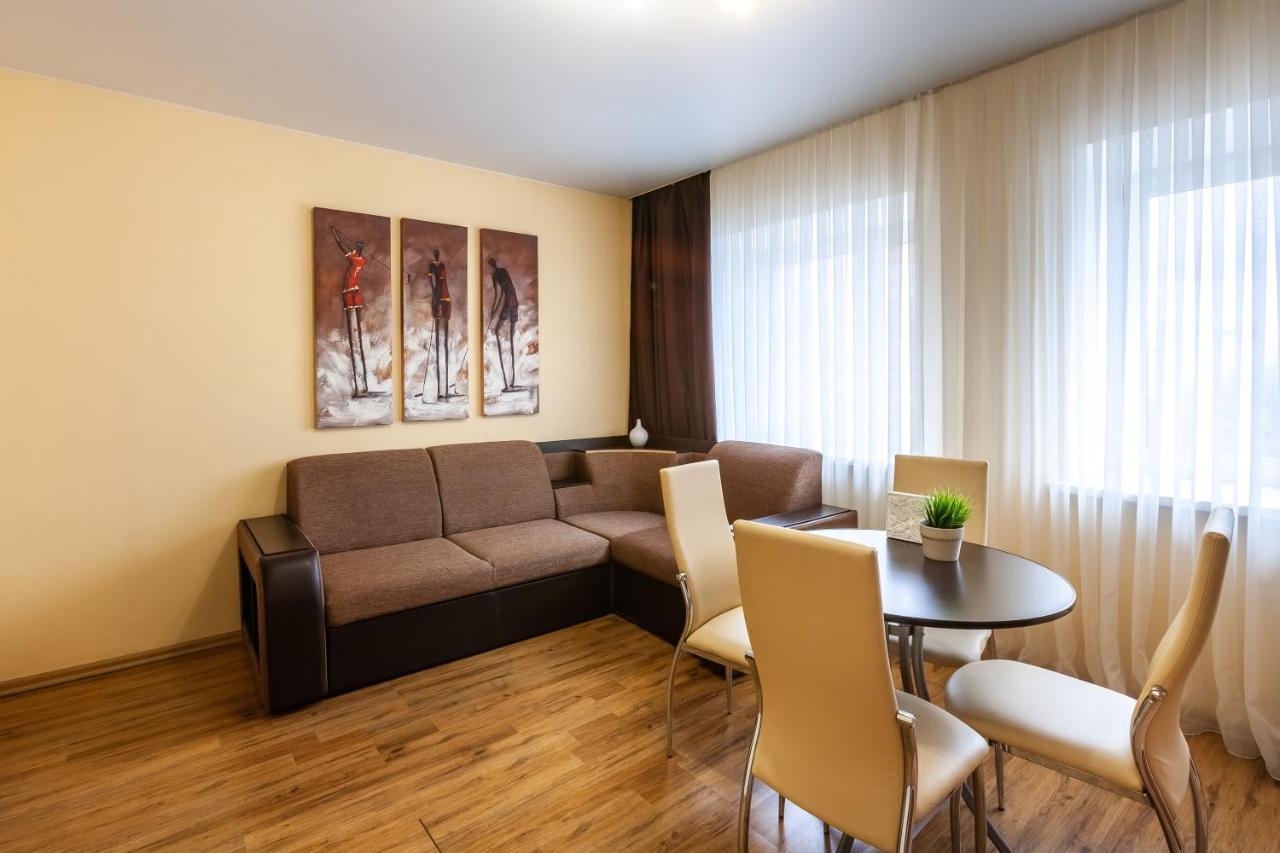 Апартаменты 7 этажей тюмень пентхаус на манхэттене купить