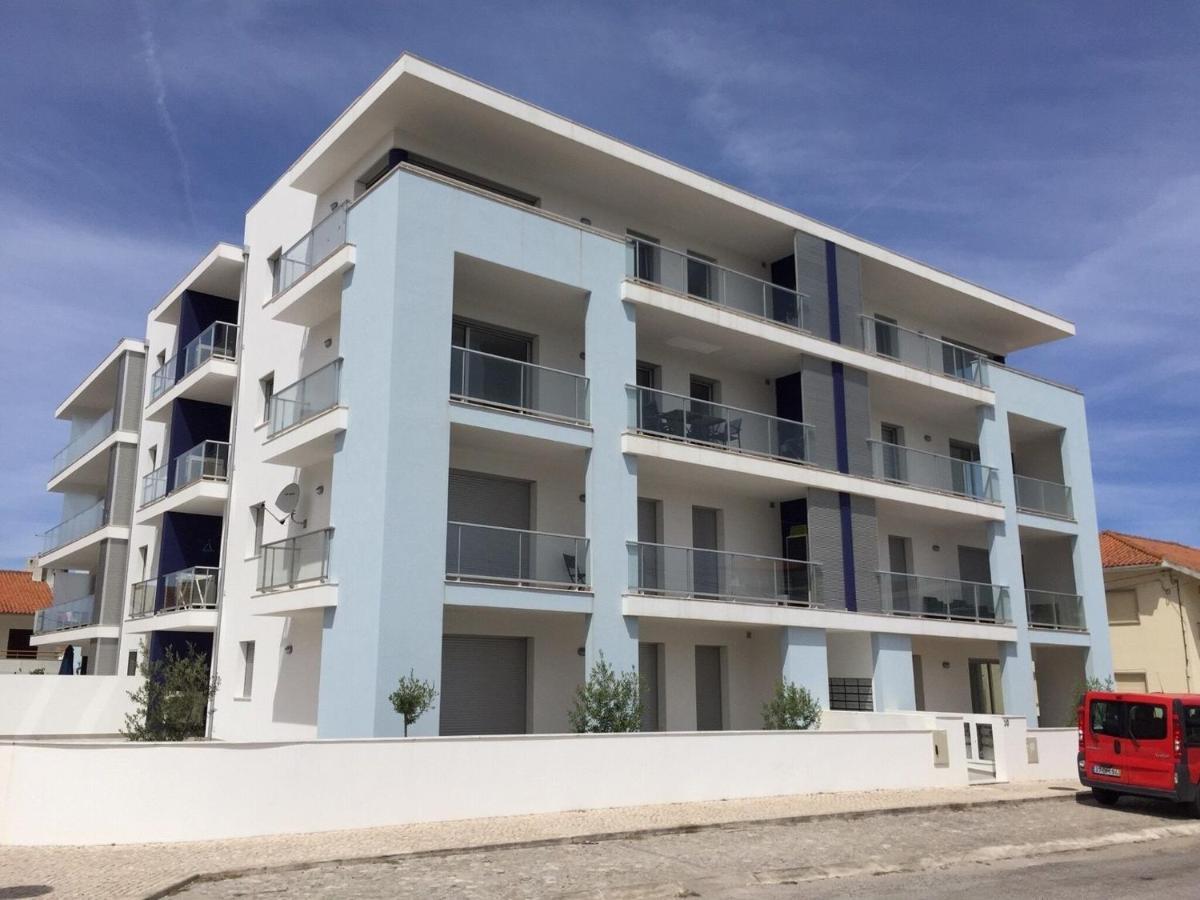 Апартаменты/квартира  Beautiful Apartment In São Martinho Do Porto With Balcony