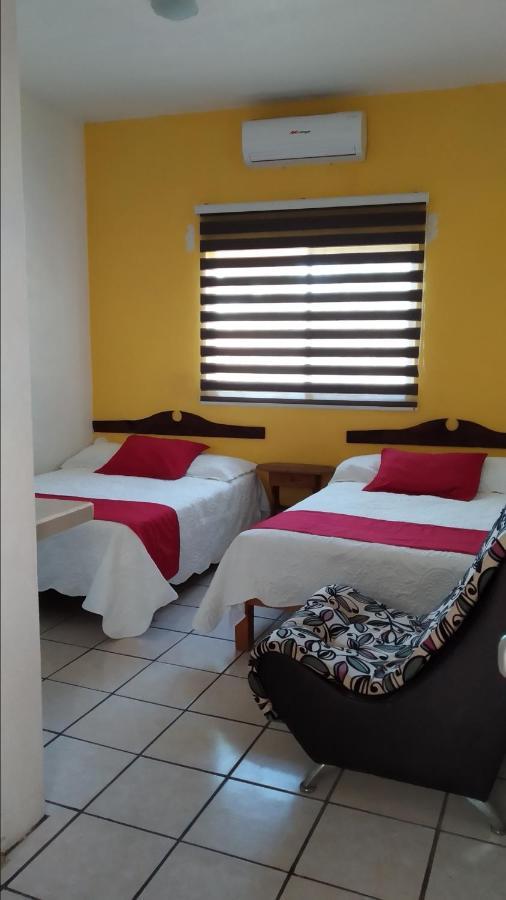 Фото Отель Hotel Oasis Cuyutlan