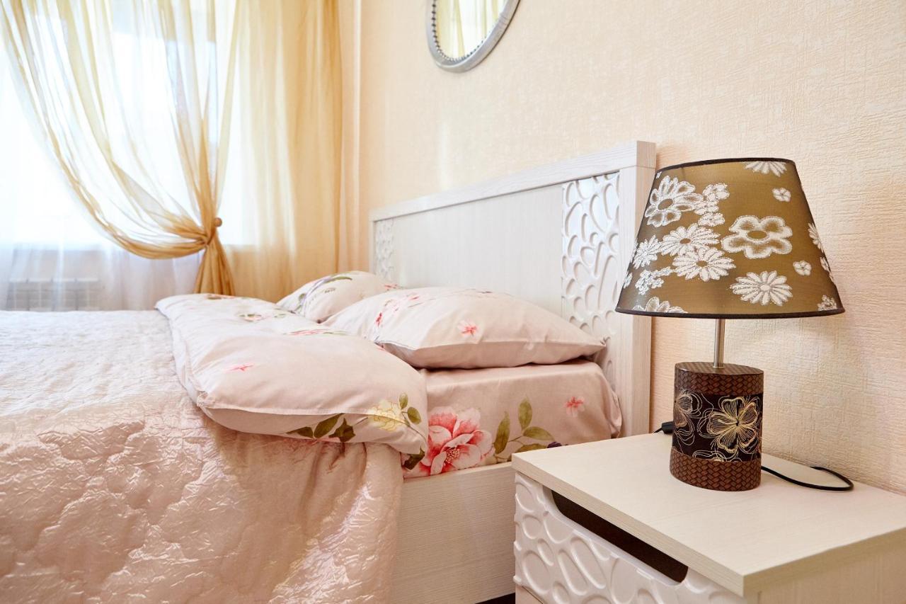 Фото  Апартаменты/квартира  Apartment On Moskovsky 128