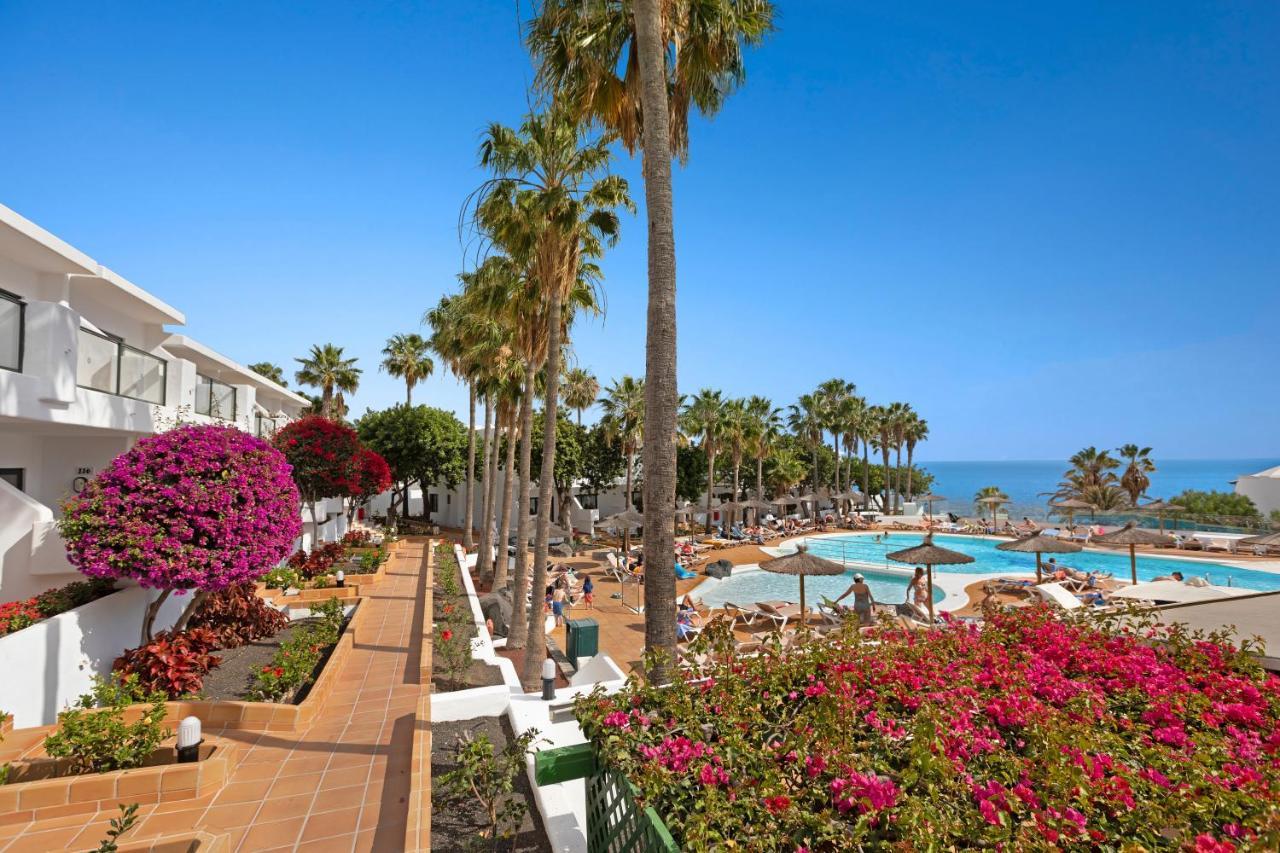 Hotel THB Flora, Puerto del Carmen, Spain - Booking.com