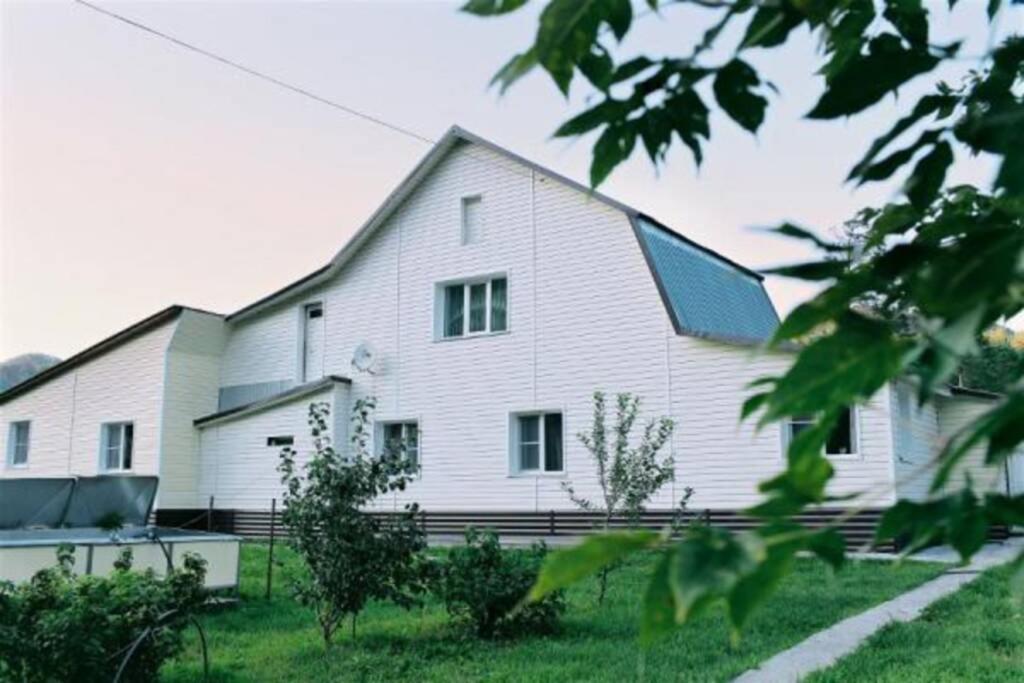 Апартаменты/квартира  Гостевой дом Алтея