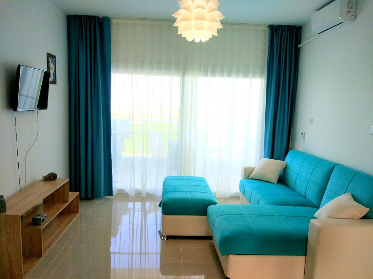 Апартаменты/квартира  BLUE apartment in 5* Ceasar Resort  - отзывы Booking