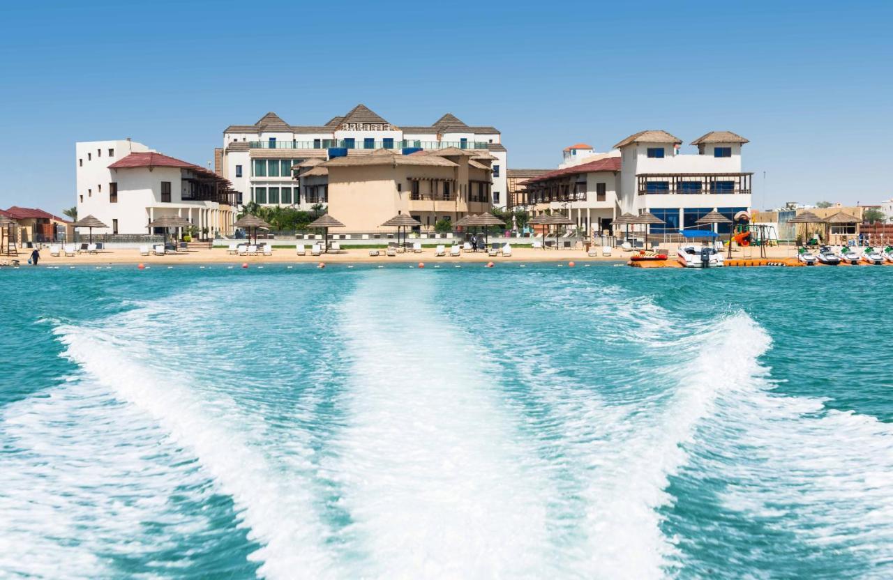 Курортный отель  Braira Al Azizya Hotel & Resort  - отзывы Booking