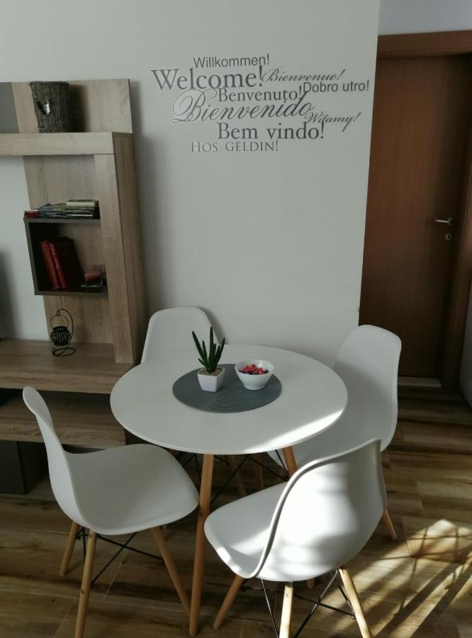 Апартаменты/квартира  Apartman Gušt  - отзывы Booking