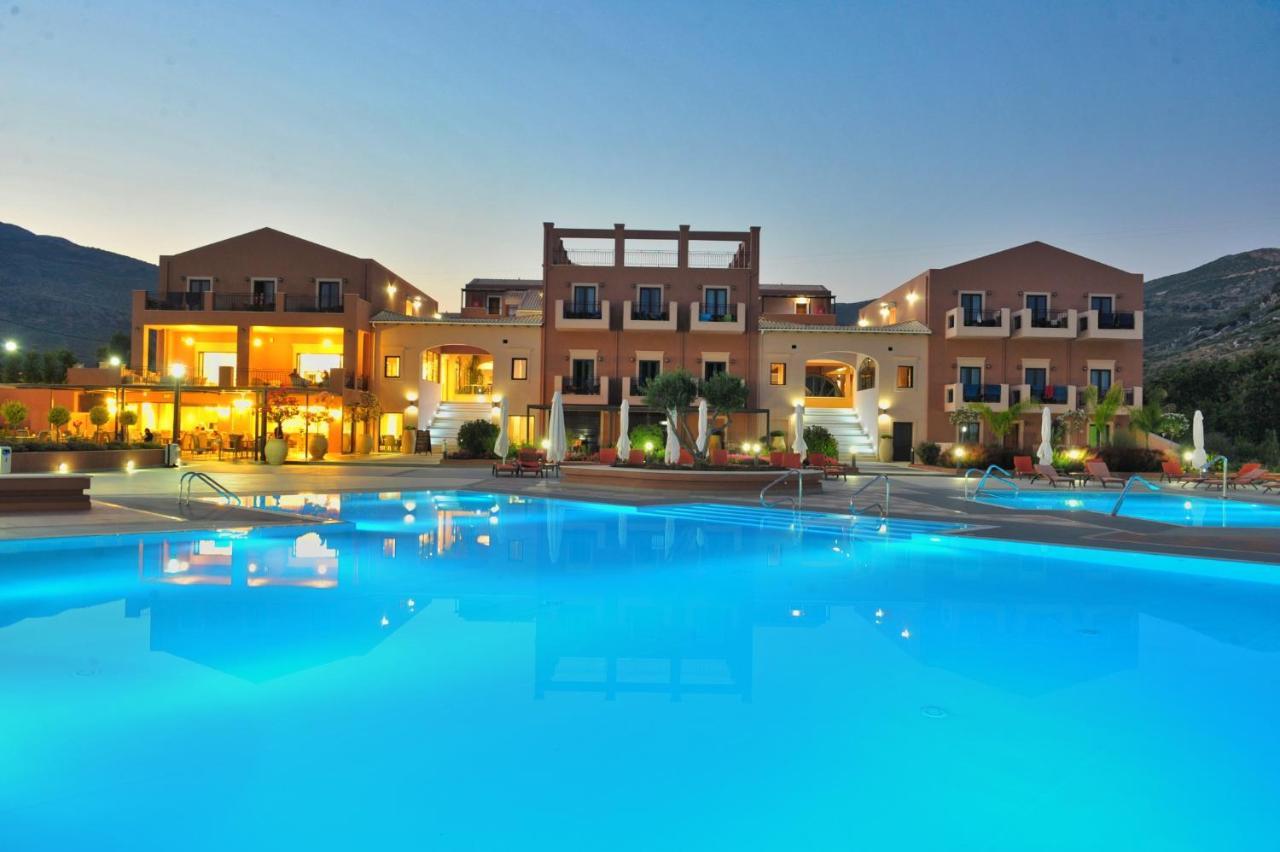 Отель  Utopia Resort And Spa