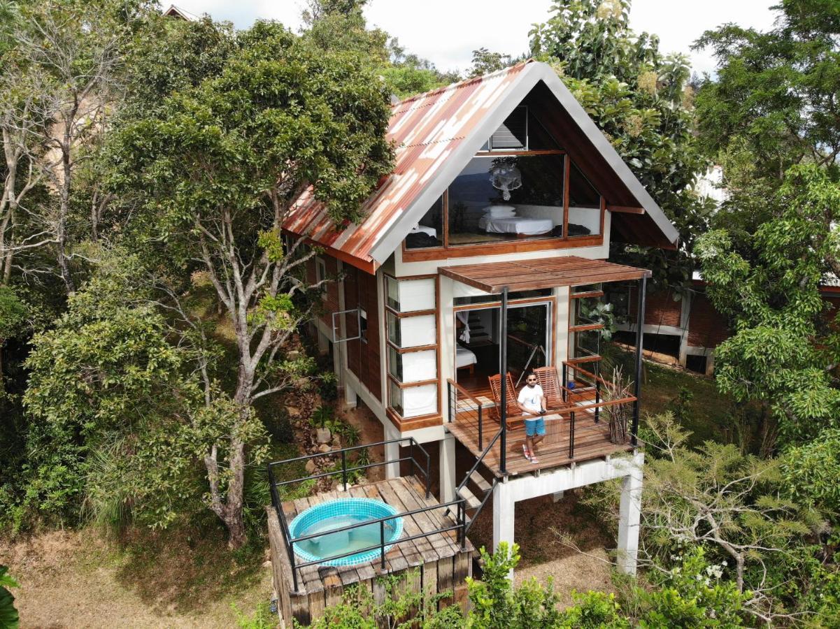 Шале  Treehouse Chalets  - отзывы Booking