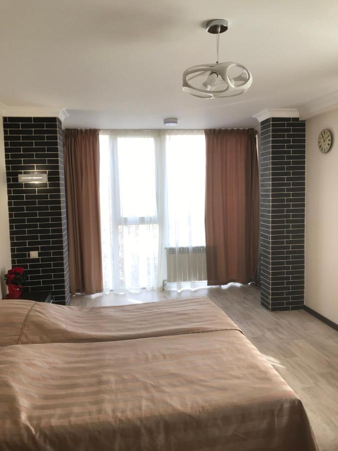 Апартаменты/квартира Apartment on Zhukovskogo - отзывы Booking