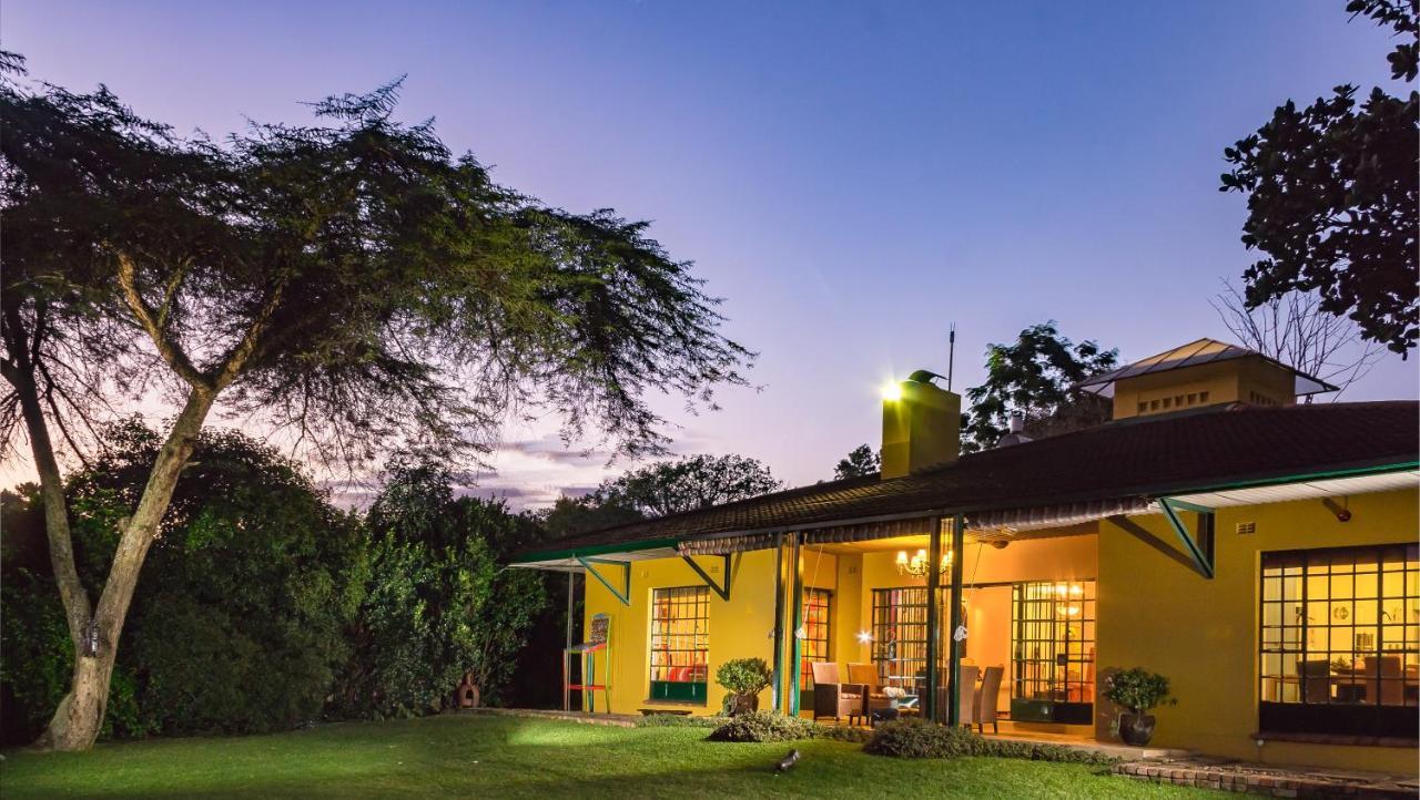 Отель типа «постель и завтрак»  Jacana Gardens Guest Lodge