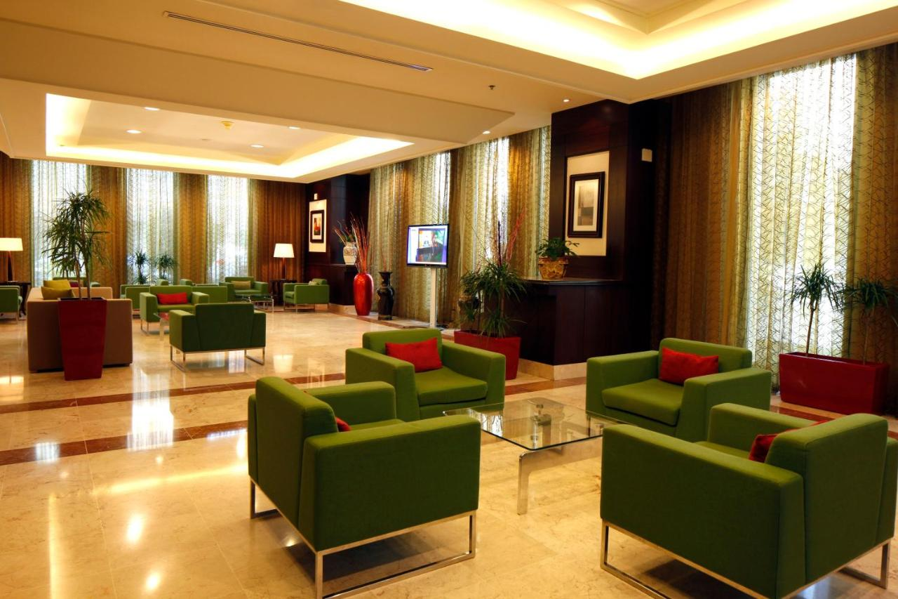 Отель  Holiday Inn Olaya  - отзывы Booking