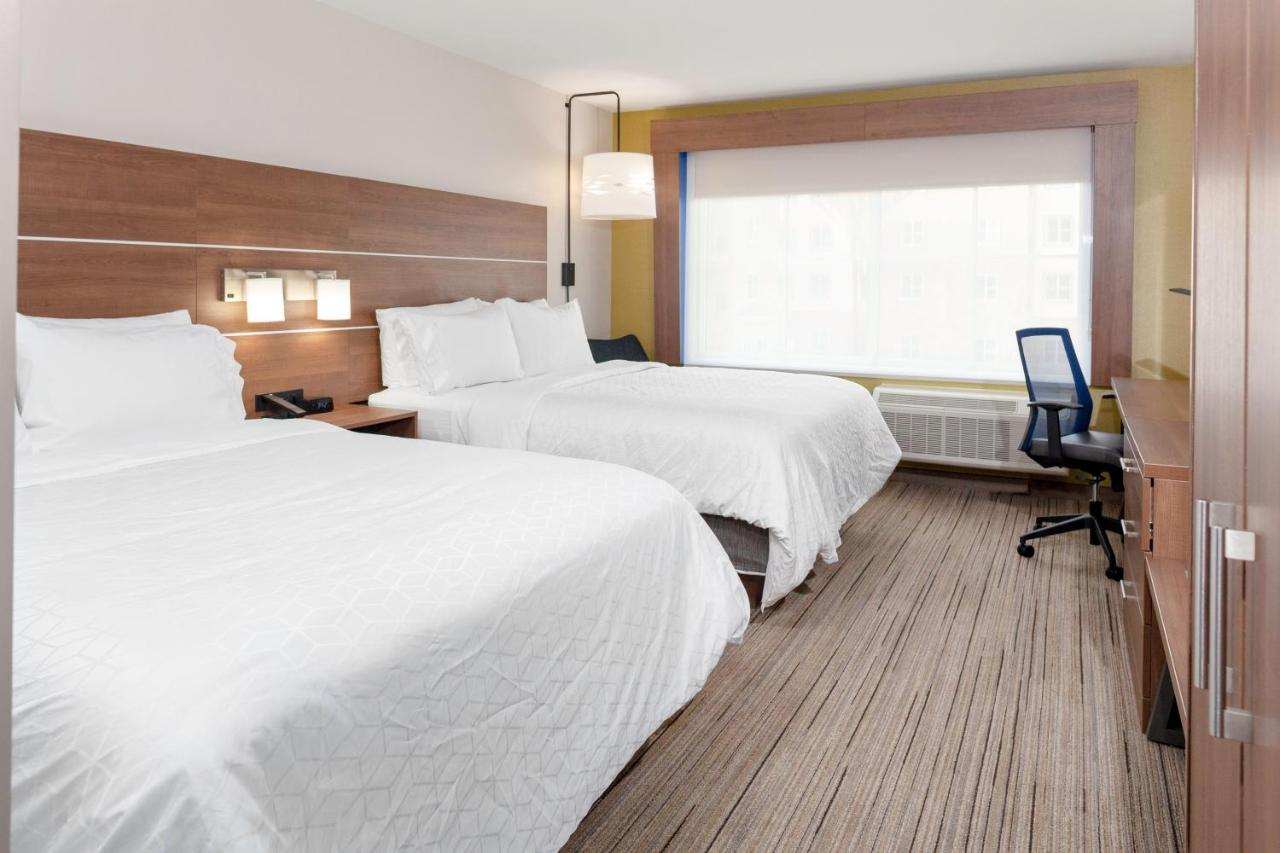 Отель  Holiday Inn Express & Suites - Gilbert - East Mesa