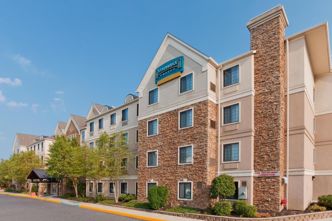 Отель  Отель  Staybridge Suites Allentown Airport Lehigh Valley