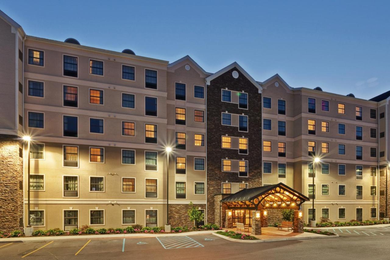 Отель  Отель  Staybridge Suites Buffalo, An IHG Hotel