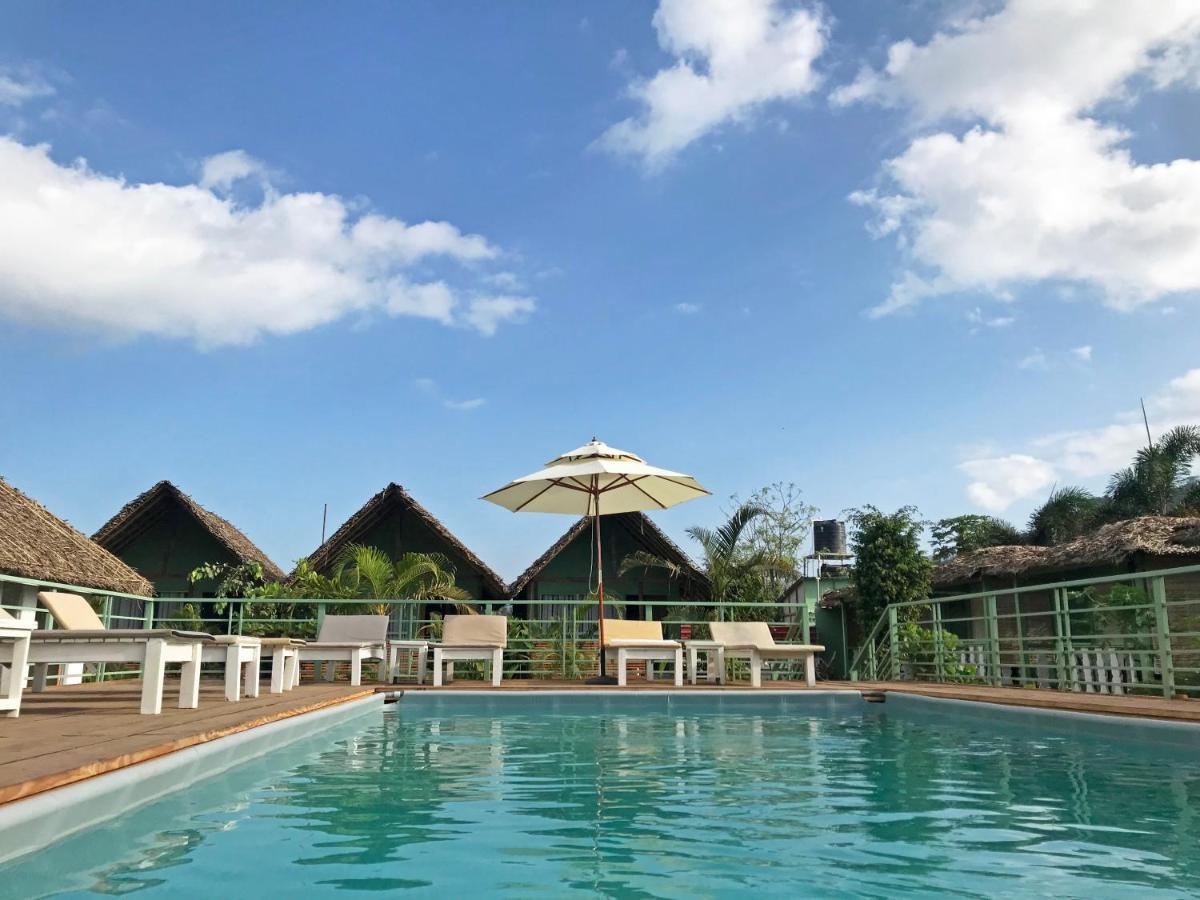 Курортный отель  Akasa Goa  - отзывы Booking