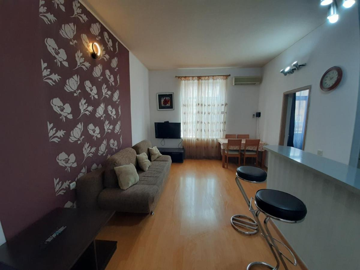 Home Elite Yerevan - Apartment near Barekamutyun underground