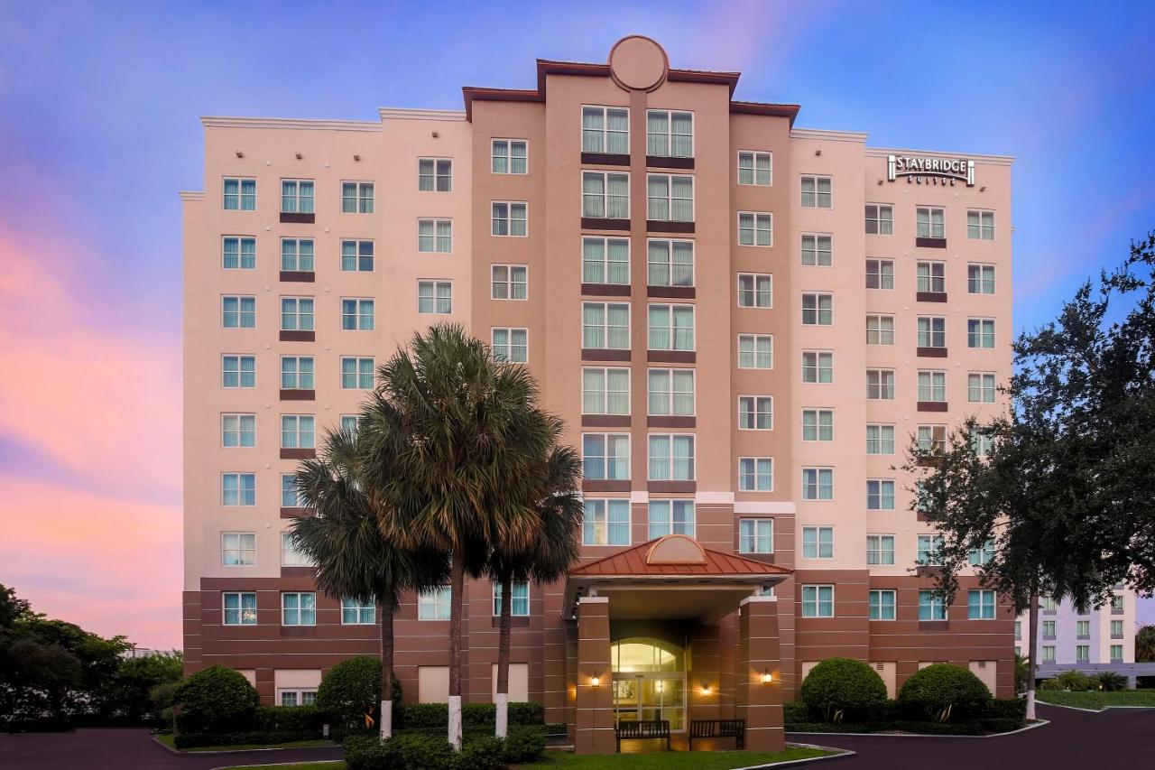 Отель  Staybridge Suites Miami Doral Area, an IHG hotel  - отзывы Booking