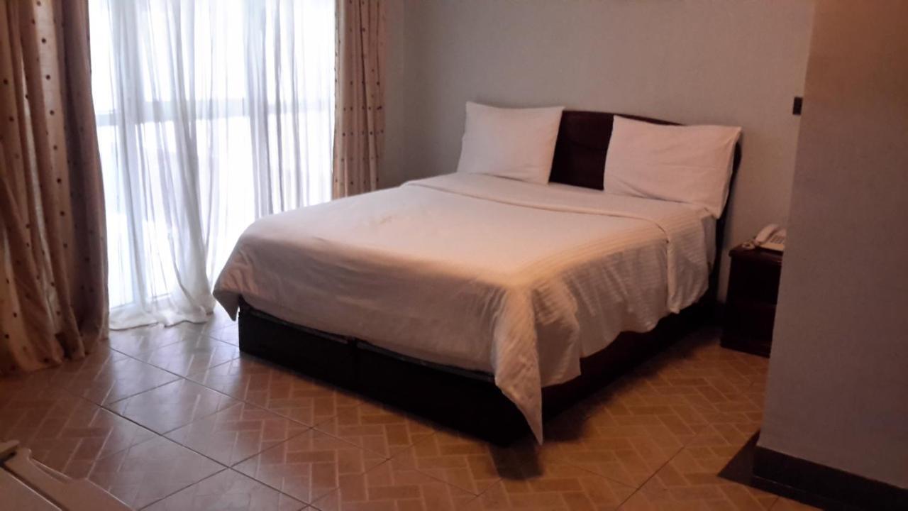 Отель  Отель  Warka Hotel