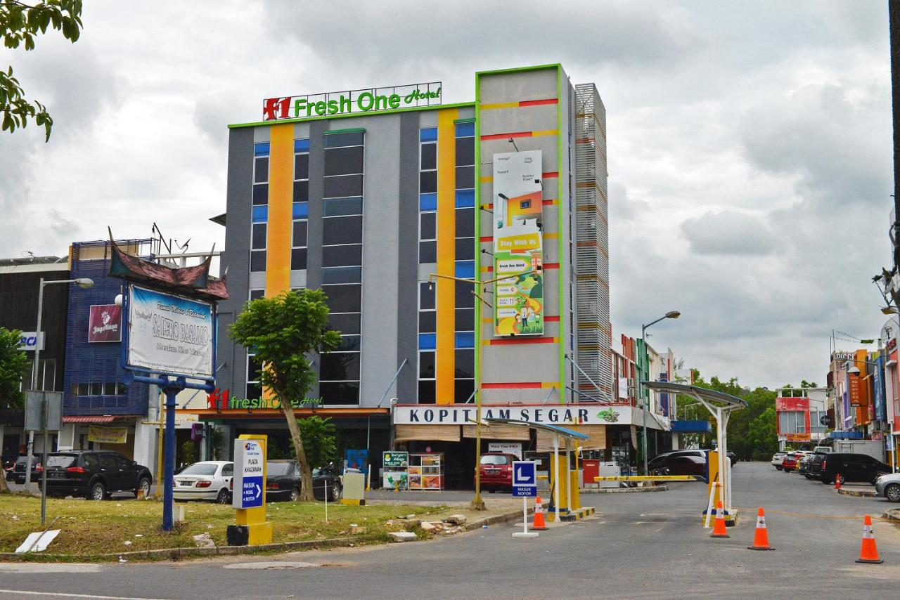 Отель  Fresh One Hotel