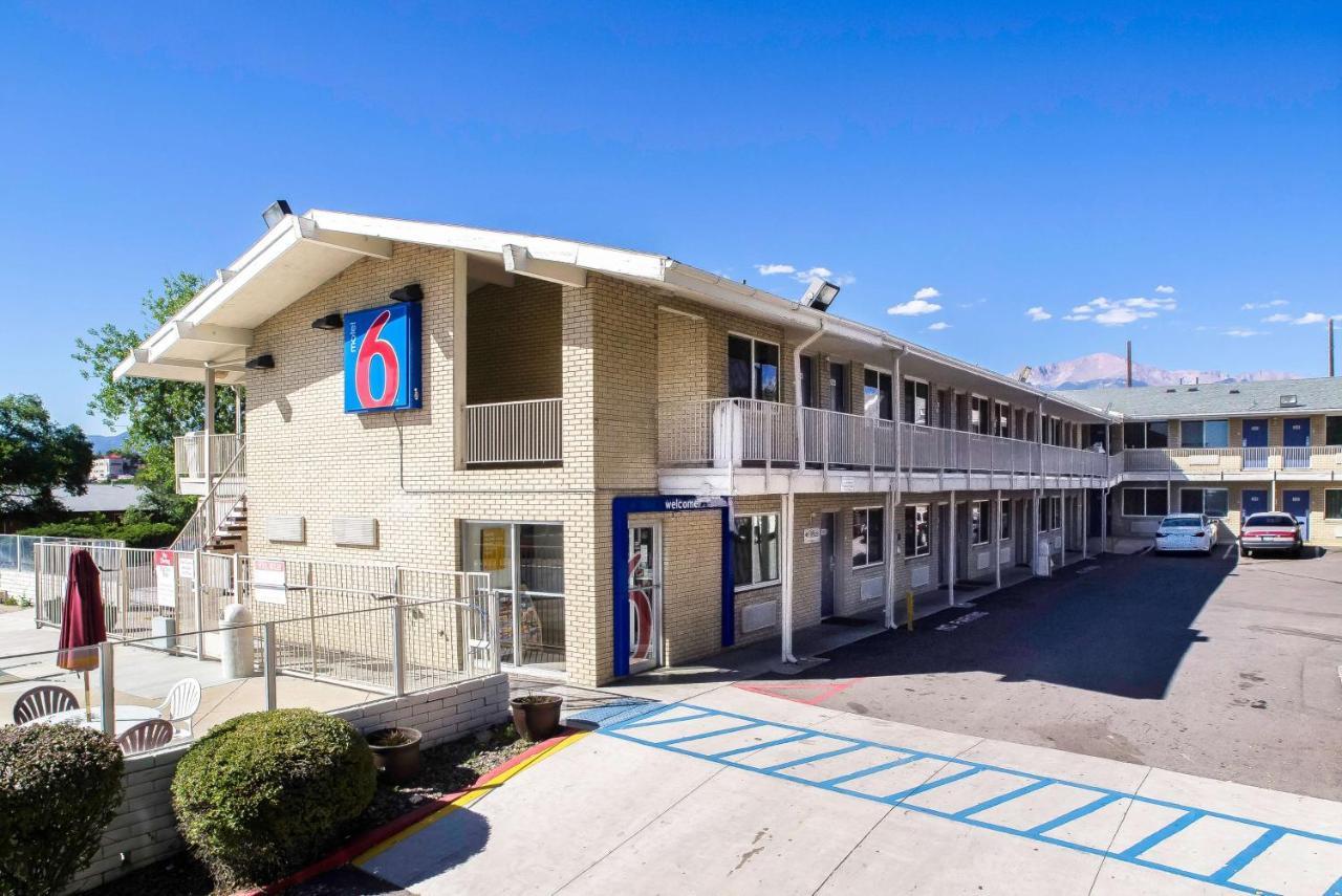 Отель  Отель  Motel 6-Colorado Springs, CO