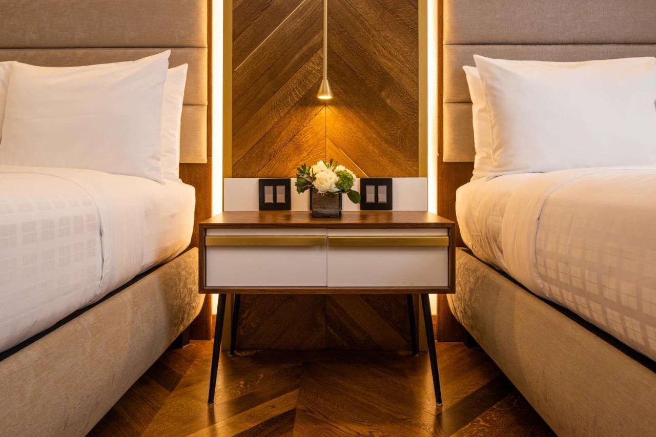 Отель  Hotel 32One  - отзывы Booking