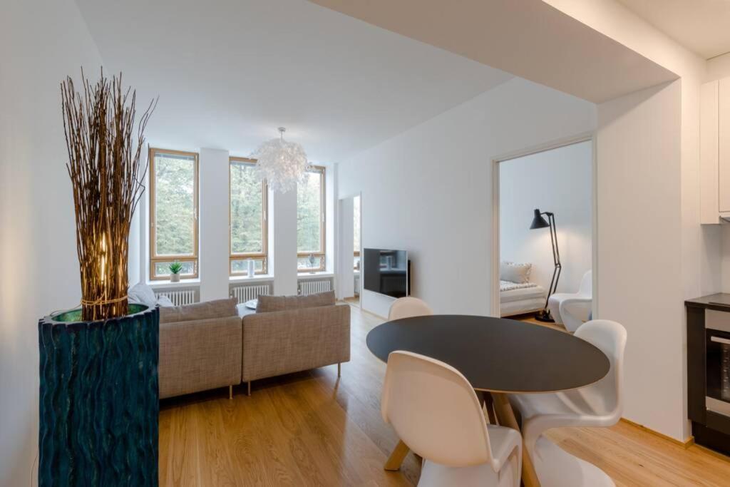 Апартаменты/квартира  Gym+Sauna+Whirlpool+Great Location