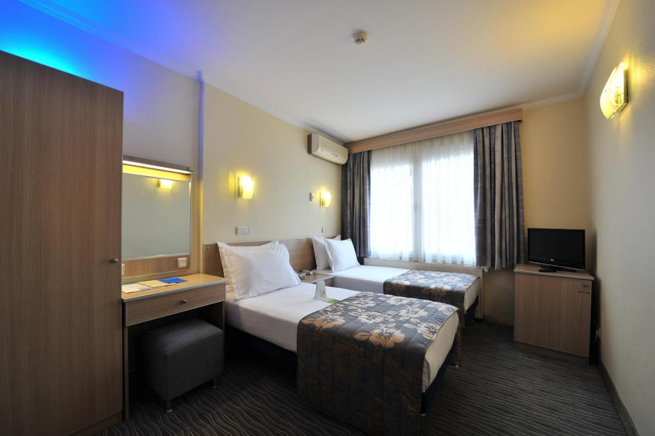 Отель  Hotel Olimpiyat  - отзывы Booking