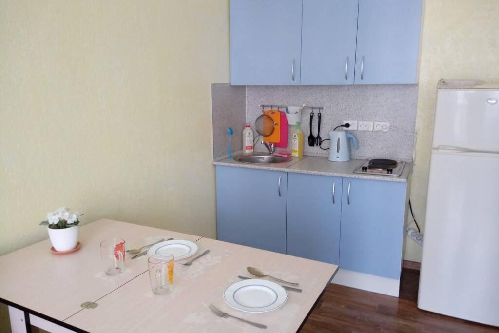 Апартаменты/квартира  Новая, уютная студия  - отзывы Booking