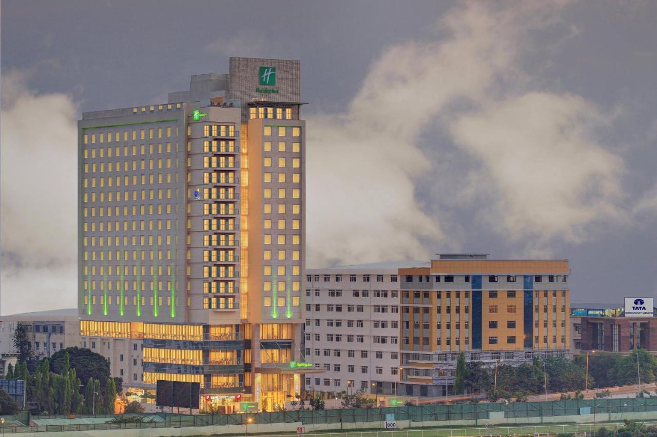 Отель  Отель  Holiday Inn Bengaluru Racecourse