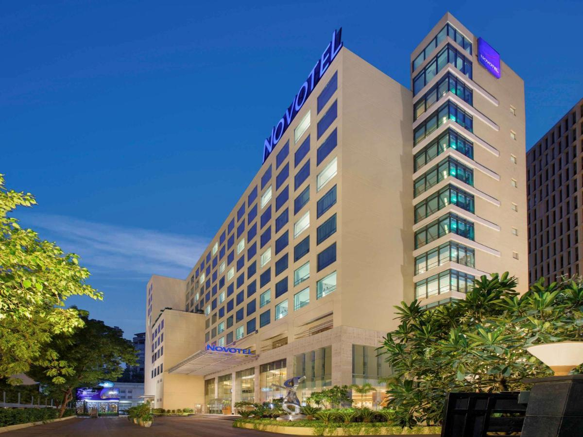 Отель  Отель  Novotel Ahmedabad