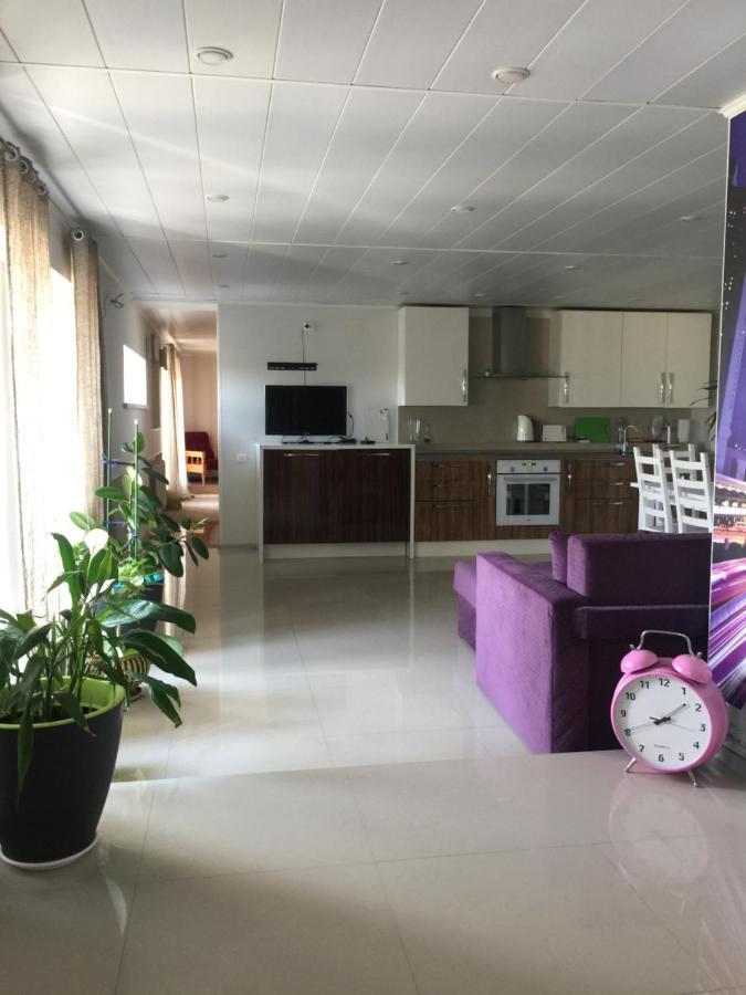 Апартаменты/квартира  Apartment on Pervomaiskaya  - отзывы Booking