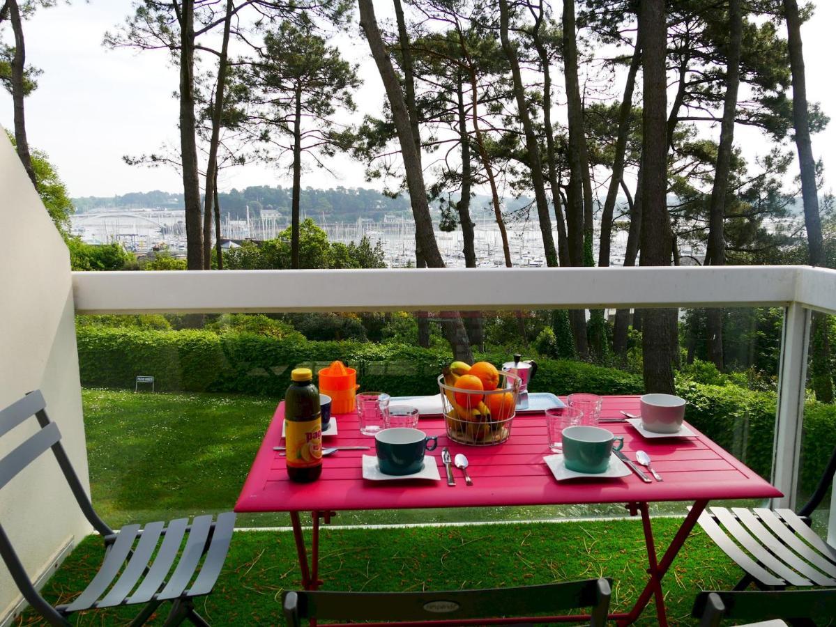 Апартаменты/квартира  Appartement duplex 5 personnes vue sur le port de la Trinité Sur Mer  - отзывы Booking