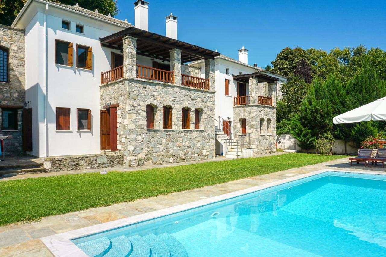 Вилла  Villa With 5 Bedrooms In Τσαγκαpάδα With Wonderful Sea View Private Pool Enclosed Garden 7 Km From The Beach