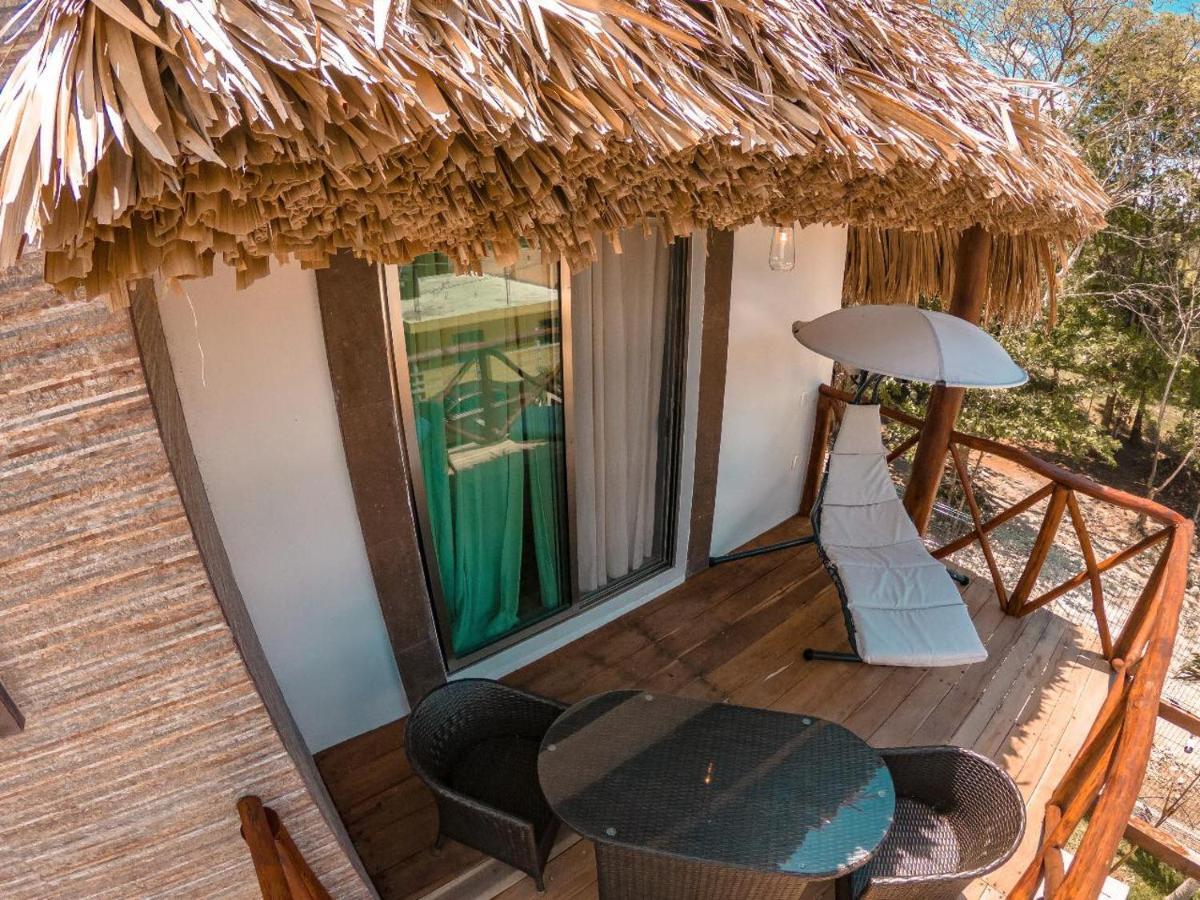 Отель  Hotel Pancho Villas Bacalar