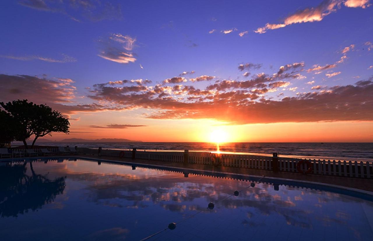 Курортный отель Hai Duong Intourco Resort - отзывы Booking