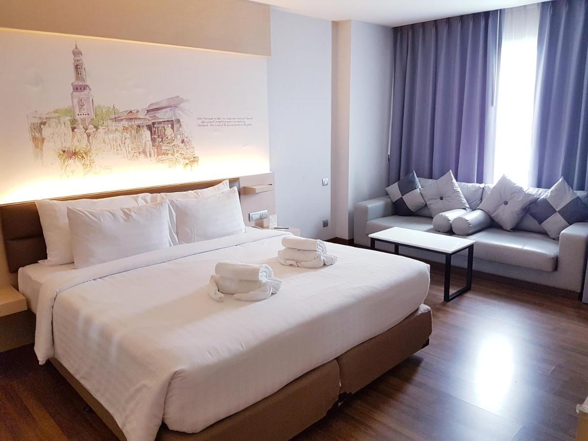 Фото Отель Parinda Hotel