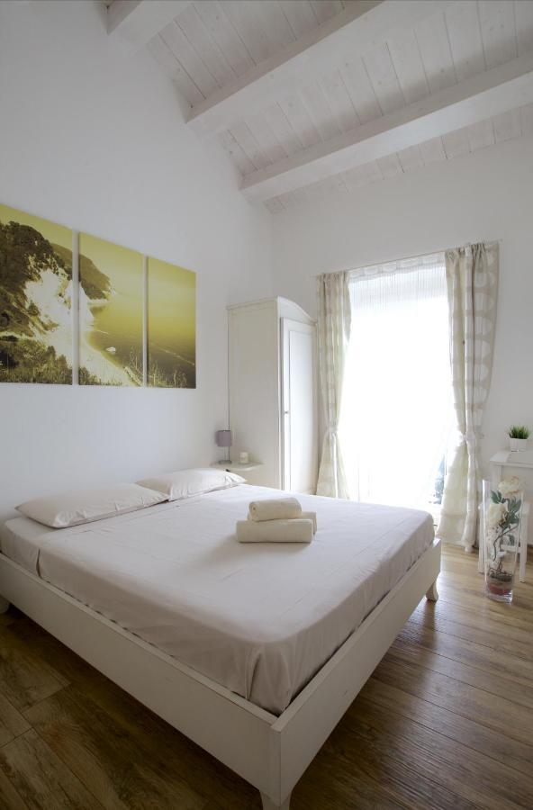 Отель типа «постель и завтрак»  B&B Vivere Il Mare