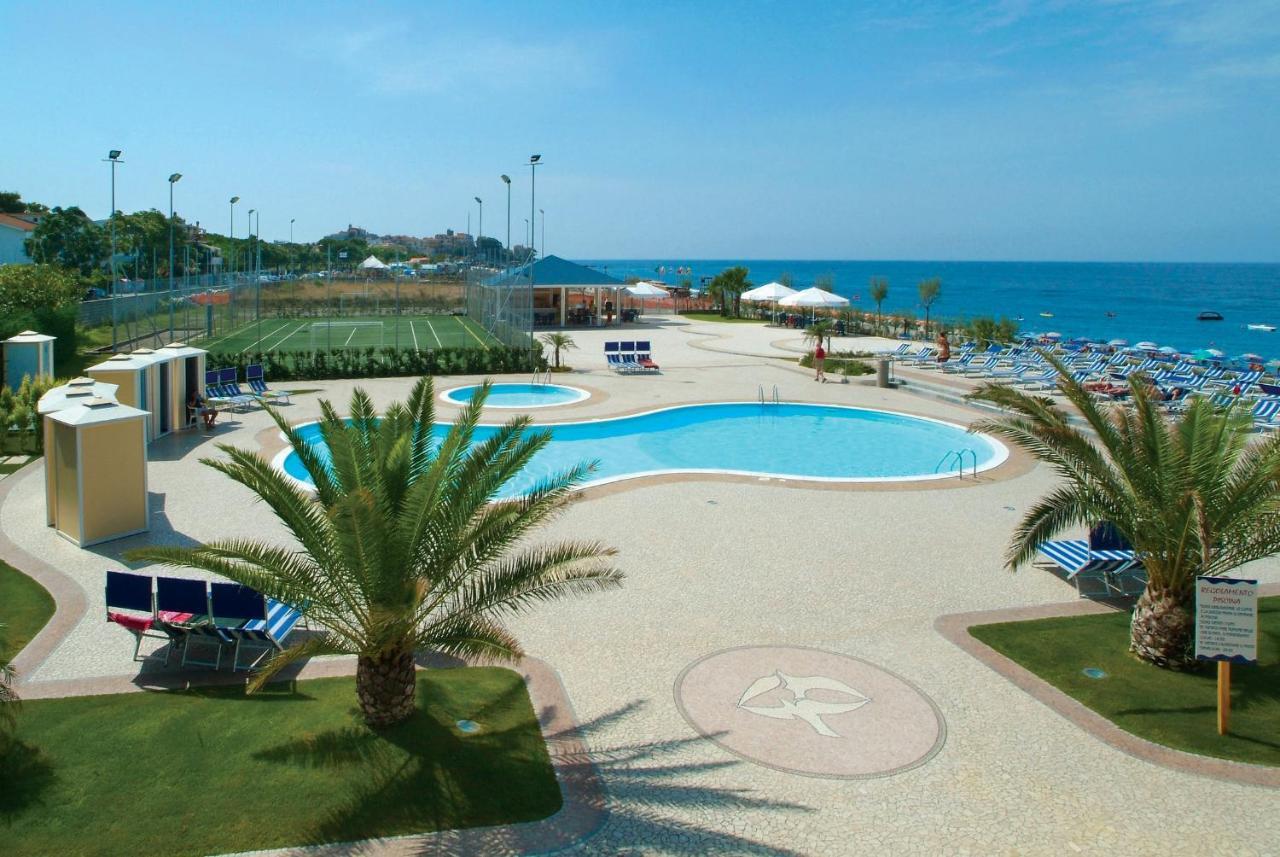 Отель  Hotel dei Focesi  - отзывы Booking