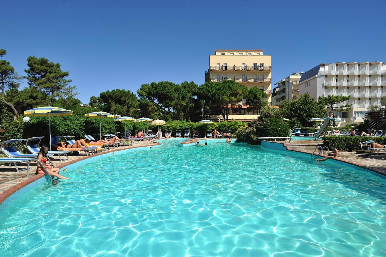Фото Отель Hotel Ausonia