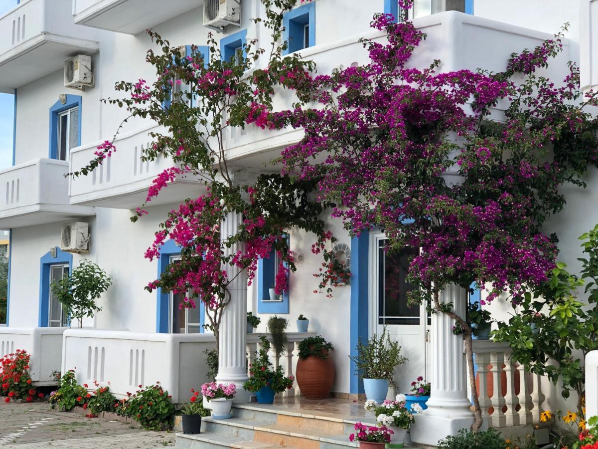 Отель  Romantika