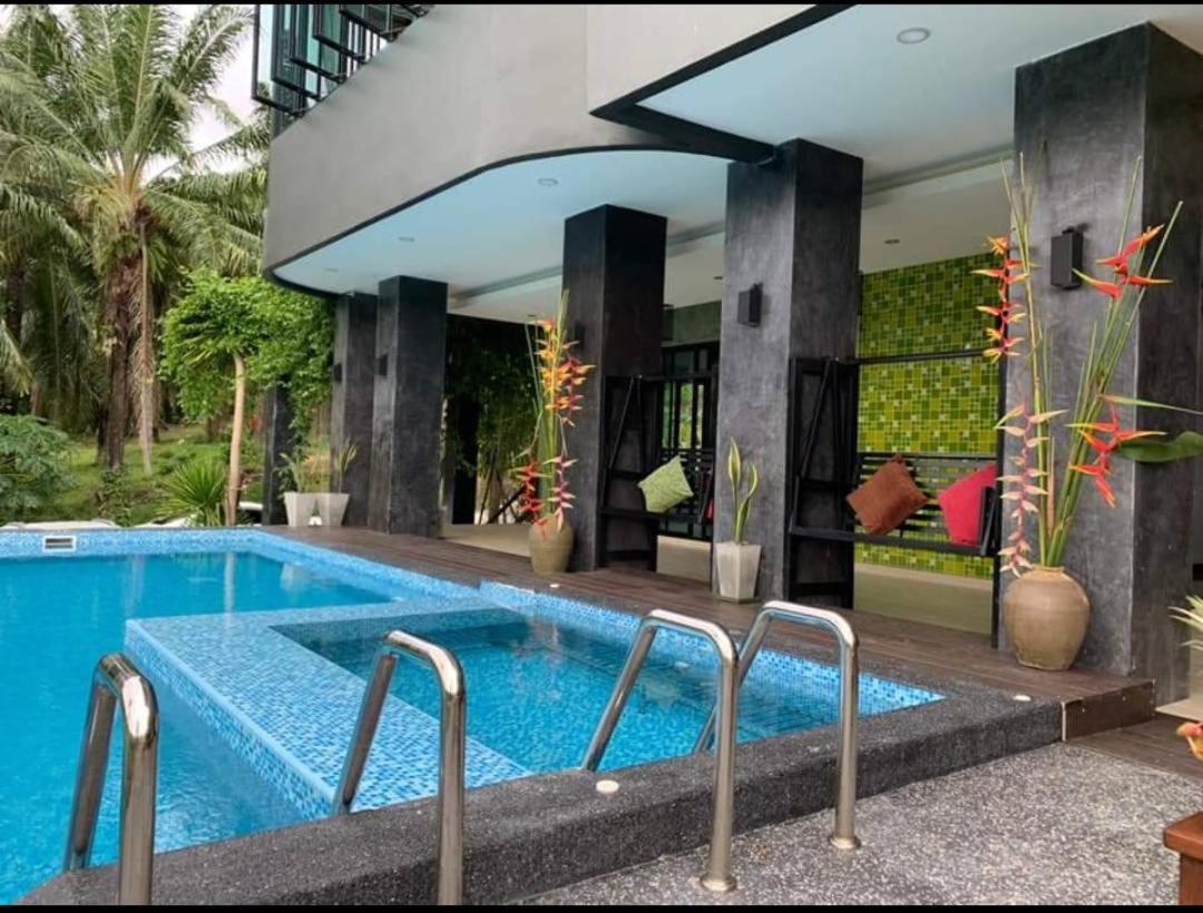Вилла  Green View Pool Villa Krabi Klong Moung Beach  - отзывы Booking