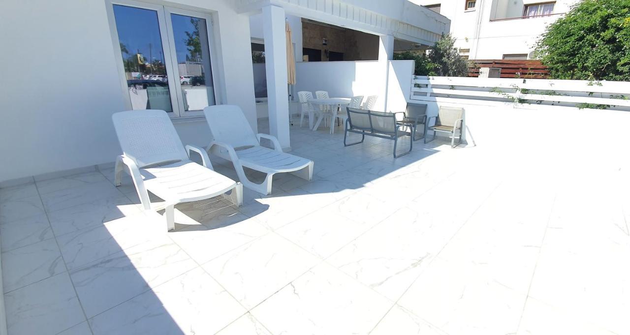 Апартаменты/квартира  EvaChrist Apartment in Oroklini close to the beach  - отзывы Booking