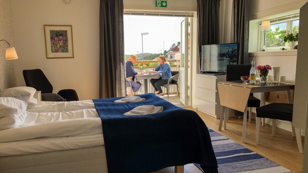 Отель  Hotell Villa Lönndal, Grundsund, Skaftö  - отзывы Booking