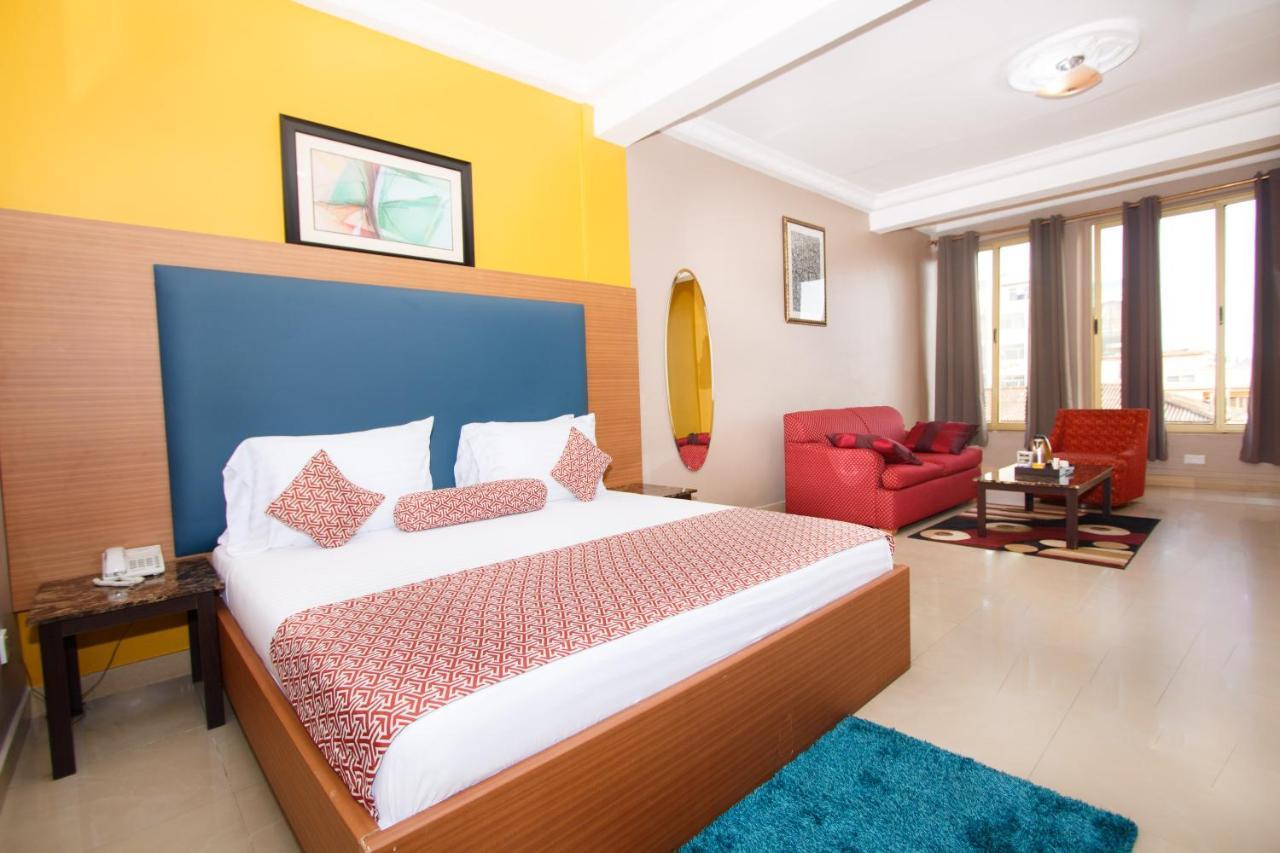 Отель  Отель  Prestige Suites