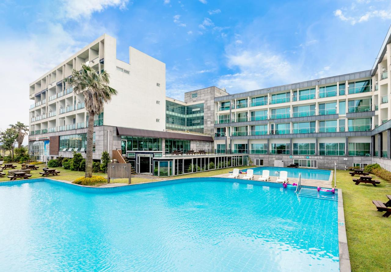 Отель  The Four Grace Resort