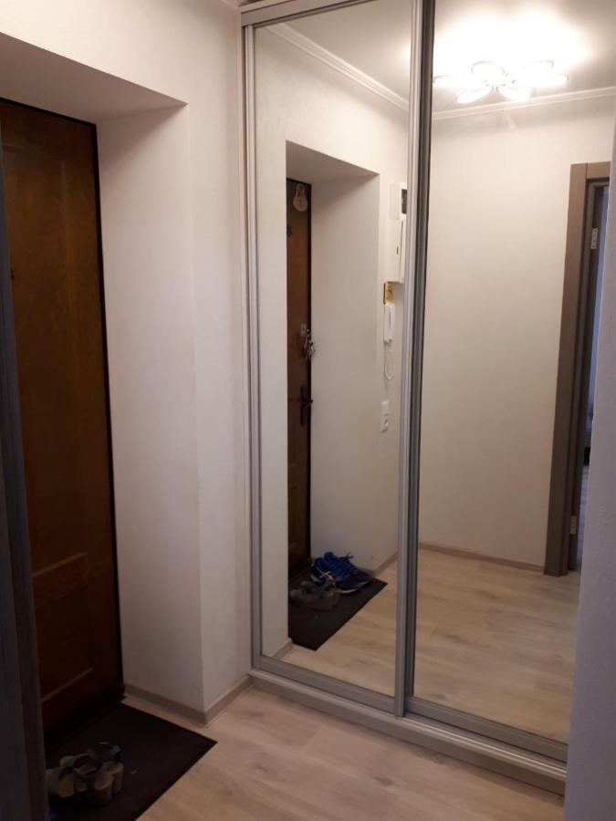 Апартаменты/квартира  Apartment On Parusna, 2