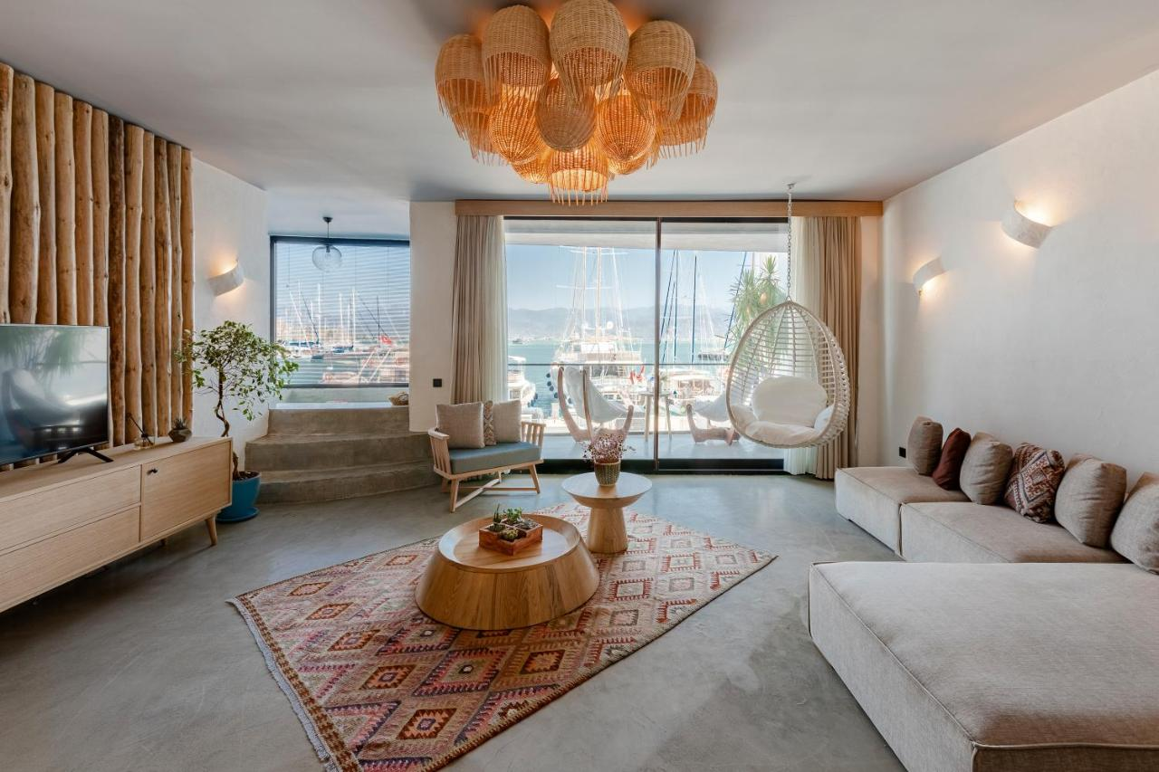 Отель  Harbour suites  - отзывы Booking
