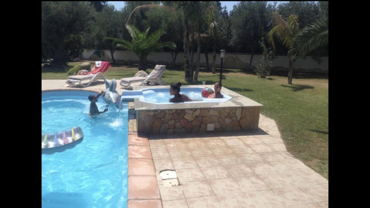 Villa Con Piscina Italia Flumini Di Quartu Booking Com