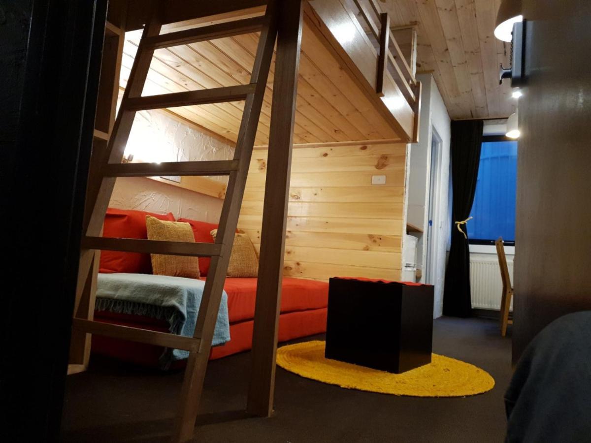 Апартаменты/квартира  Cosy Apartment Tara Edelweiss at Skiing Resort of Falls Creek  - отзывы Booking