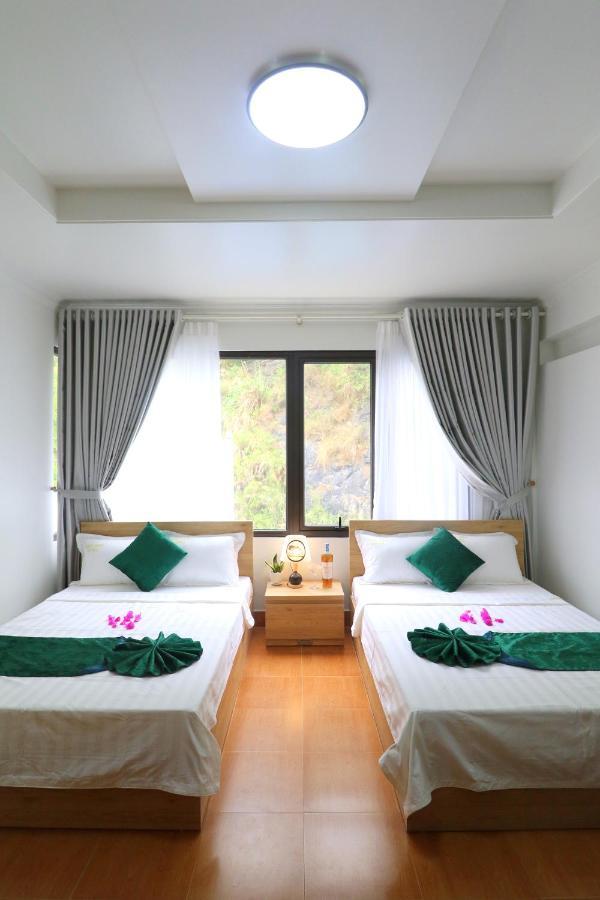 Отель  Phuc Hung Hotel